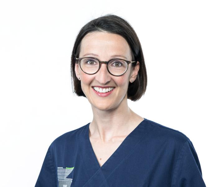 Dr. Ariane Fuchs