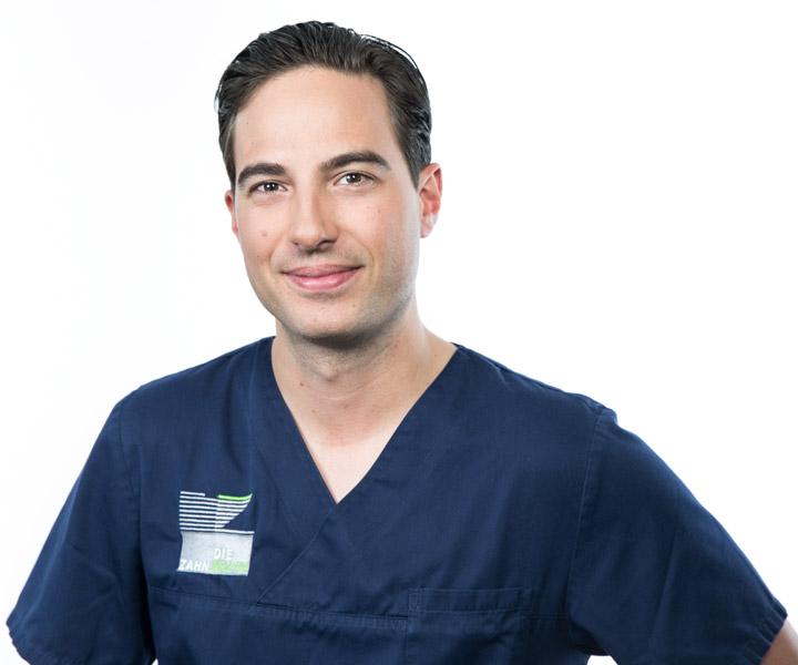 Dr. Alexander Walter